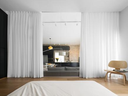 צבי ברוק, חדר שינה (2)