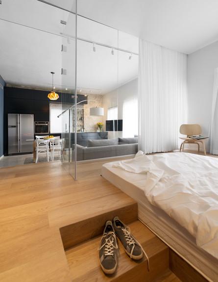צבי ברוק, חדר שינה גובה