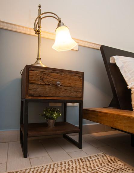 עידית זכריה חדש, חדר שינה שידה גובה (צילום: אודי גורן)