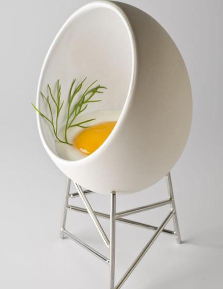 עיצובי ביצים - מעמד לביצה (צילום:  Alessi)