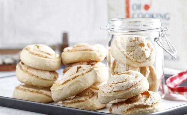 עוגיות שושנים ומרנג (צילום: אפיק גבאי, אוכל טוב)