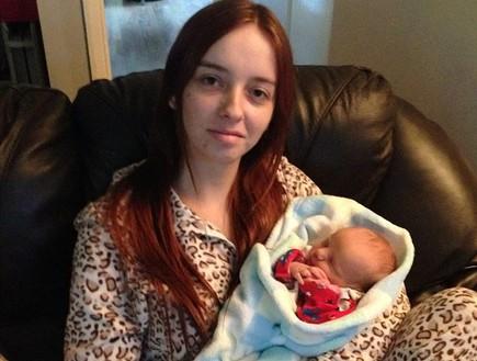 סופי אולדריג עם התינוק