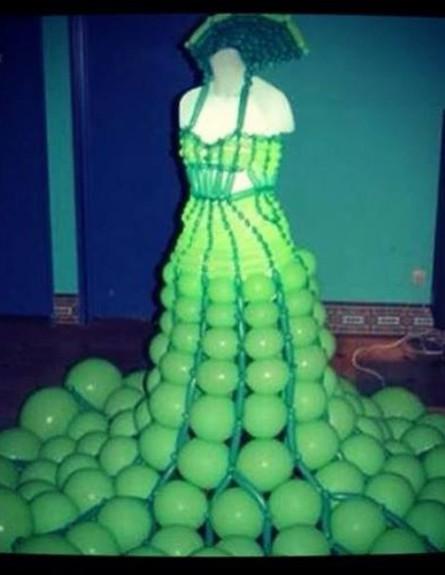 שמלת 1 באפריל של מיי פיינגולד (צילום:  Photo by Flash90)