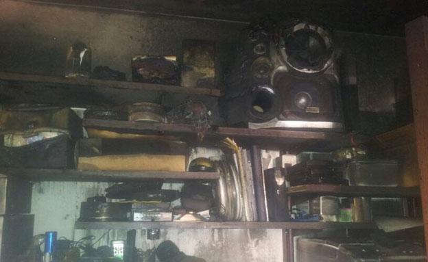 זירת השריפה בטבעון, היום (צילום: חדשות 2)