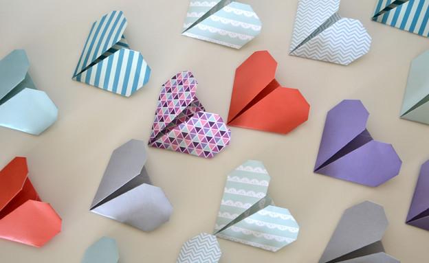 מתנה, עשו זאת, אוריגמי, לבבות, צילום מיכל צ'סני (צילום: מיכל צ'סני)