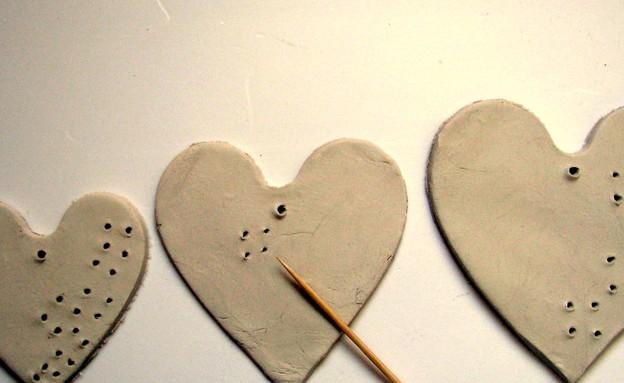 מתנה, עשו זאת, לבבות איקסים, לב מחורר, צילום איילת (צילום: איילת כהן)