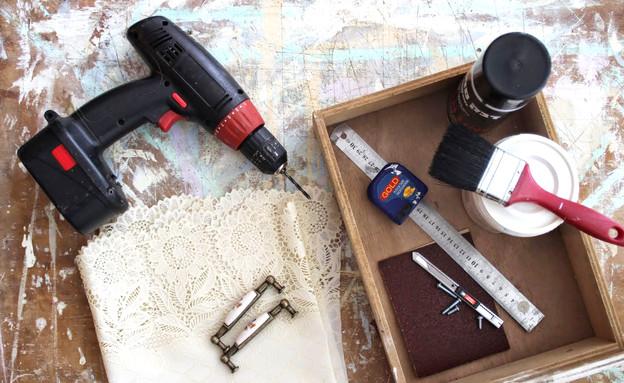 מתנה, עשו זאת, מגירה, חומרים, צילום מיכל מורי.jpg (צילום: מיכל מורי)