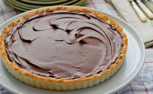 """טארט קוקוס ושוקולד לפסח (צילום: עידית נרקיס כ""""ץ, אוכל טוב)"""