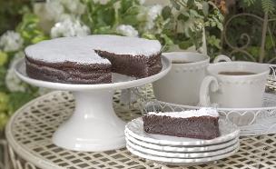 עוגת שוקולד גרמנית עשירה - תמונת רוחב (צילום: אנטולי מיכאלו, אוכל טוב)