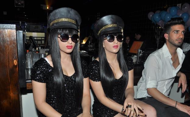 התאומות מלול (צילום: צ'ינו פפראצי)