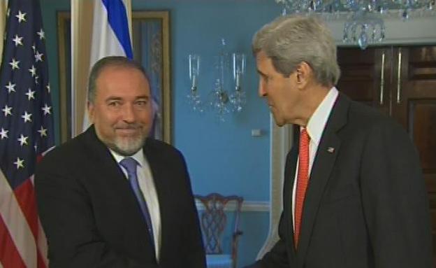 קרי וליברמן לפני פגישתם (צילום: CNN)