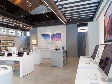 חנות iDigital במתחם שרונה