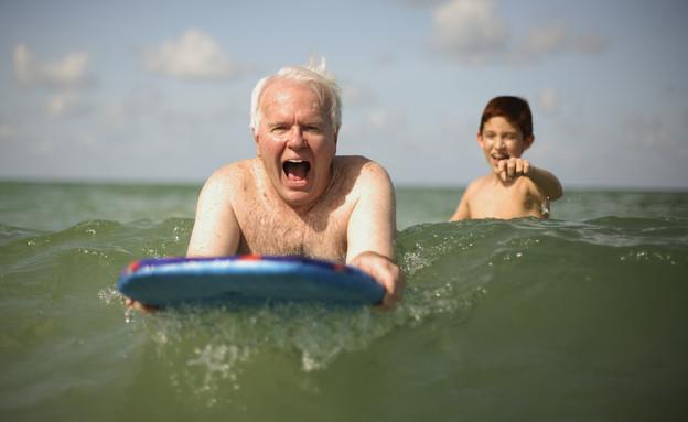 סבים וסבתות מורדים (צילום: © David P. Hall-Corbis)
