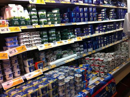 מוצרים נחטפים מהמדפים. ארכיון (צילום: חדשות 2)