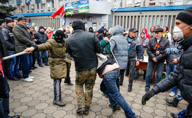 """""""תוקפנות רוסית"""" (צילום: רויטרס)"""