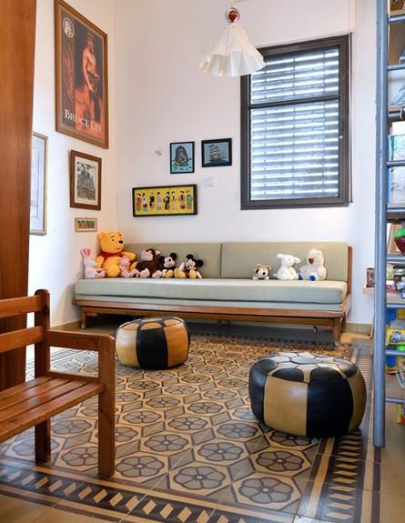 קופצות בית ביפו, חדר גובה (צילום: שי בן אפרים ודני אבשלום)