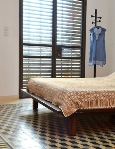קופצות בית ביפו, חדר שינה גובה (צילום: שי בן אפרים ודני אבשלום)