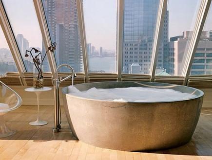 6-אמבטיות עם נוף, אורבנית_ומחוספסת.www.stephensill (צילום: www.stephensills.com)