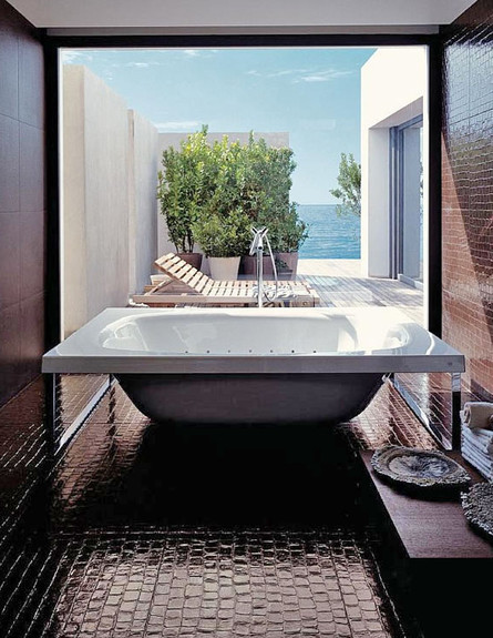 16-אמבטיות עם נוף, עיצוב_חם_ומזמין.walkerzanger.co (צילום: walkerzanger.com)