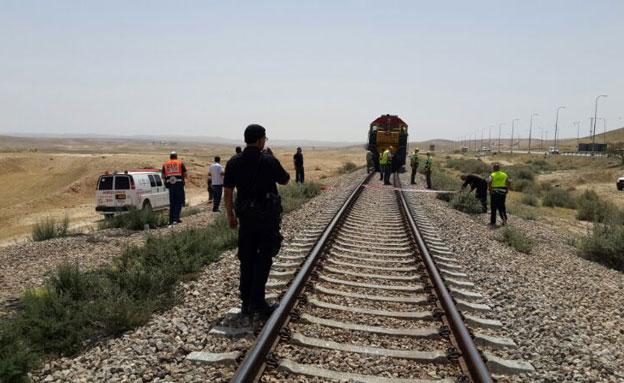 זירת התאונה בדרום, היום (צילום: דוברות מדא)