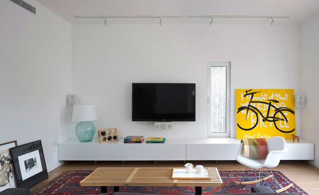 מיכאל פלד, סלון שולחן (צילום: שי אפשטיין)