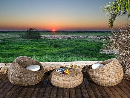 חוף הבונים, צימרים בודדים (צילום: אלברט אדוט)