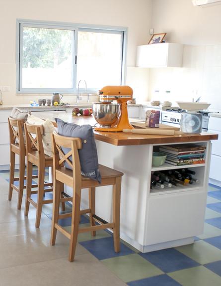 בתים ישראלים - מטבח עכשווי (צילום: סיון אסקיו)