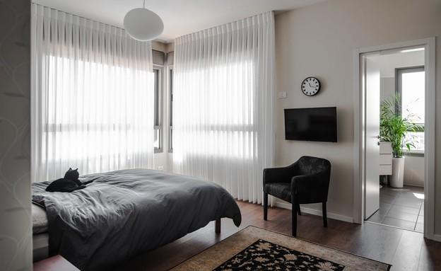 טלי ורקפת, חדר שינה איזון צבעים (צילום: גלעד רדט)
