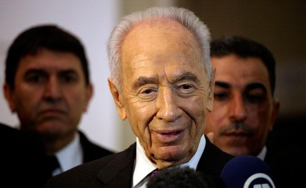שמעון פרס בביקור בירדן (צילום: חדשות 2)