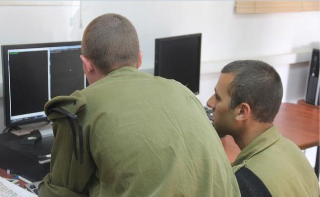"""חיל התקשוב (צילום: דובר צה""""ל)"""