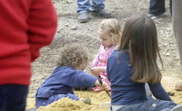 ילדים ביערות (צילום: אורלי נקלר)
