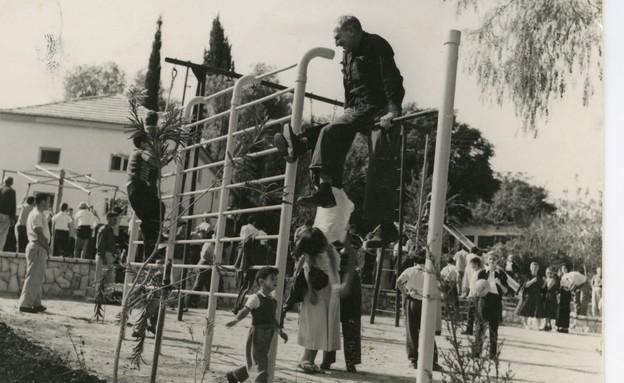 משמר העמק 1957 באדיבות ארכיון קיבוץ משמר העמק (צילום: יואל לוטן)