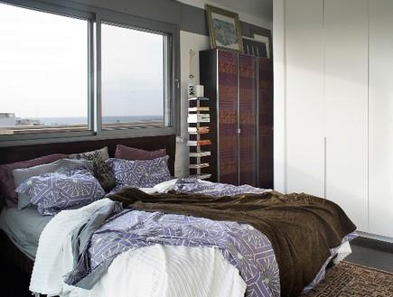 סורנה כפיר, חלון חדר שינה