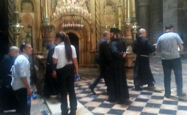 ההכנות בכנסיית הקבר (צילום: חדשות 2)