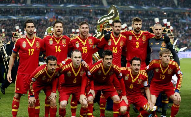 נבחרת ספרד תיקח את הגביע גם הפעם? קשה לנו להאמין (צילום: Scott Heavey, GettyImages IL)