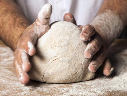 מכינים לחם מחמצת. התפחה