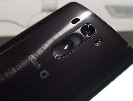 הסמארטפון G3 של LG (צילום: ניב ליליאן, NEXTER)