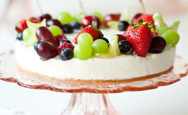 מאפיית לחמים מציעה לשבועות עוגת מוס קרם פרש אווריר (צילום: אוכל טוב)