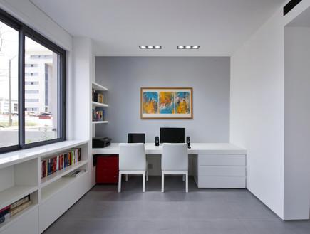 חדר עבודה (צילום: עמית גושר)