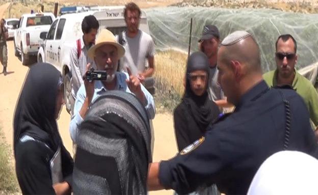 נערות נעצרו - בגלל דובדבנים (צילום: חדשות 2)