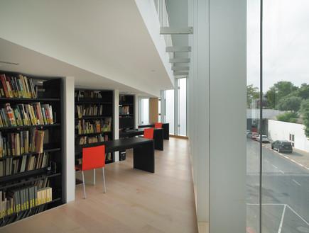 ספריות. מוזיאון תל אביב האגף החדש, אדריכל עמית (צילום: אמית הרמן)