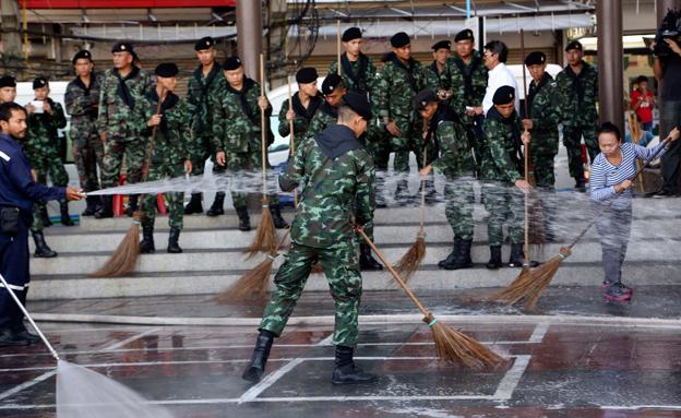 התנהלות צבאית לא שגרתית (צילום: AP)