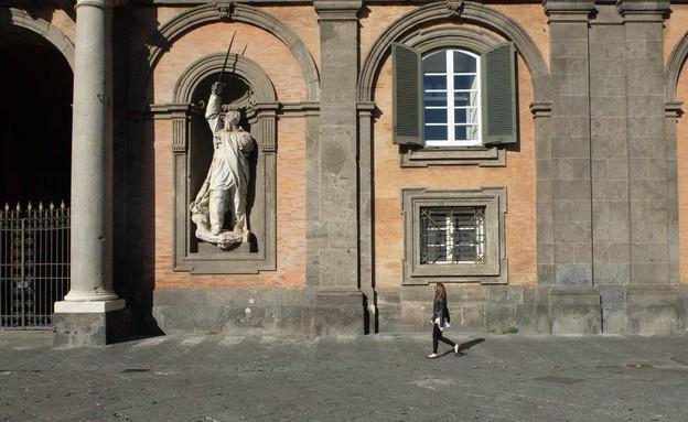 טיול באיטליה, נאפולי עמודים (צילום: אייל שפירא)