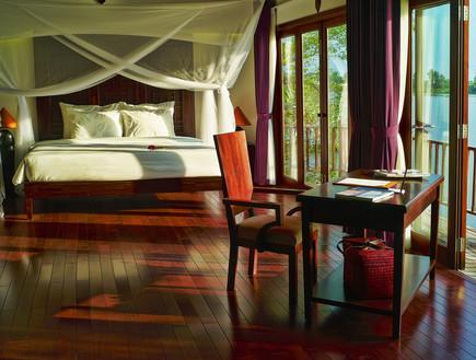 מלון אדריכלים, באיי וילה