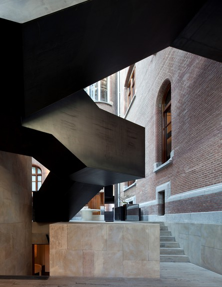 מלון אדריכלים, קונסרבטוריום