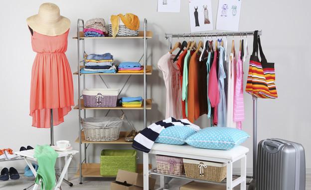 ארון בגדים, אישה  (צילום: serezniy, Thinkstock)