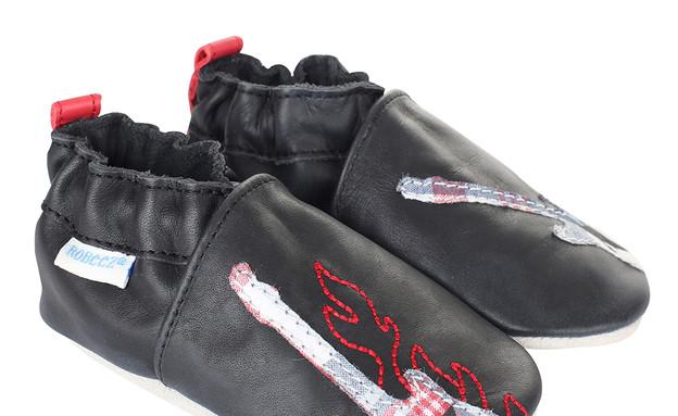 תינוק רוקיסט, נעליים, צילום myrobeez.com (צילום: myrobeez.com)
