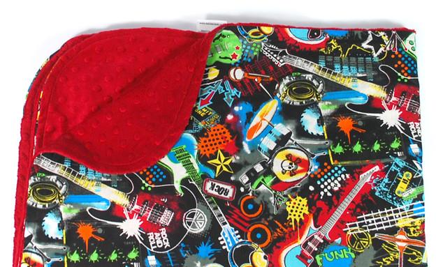 תינוק רוקיסט, שמיכה, צילום babiesrawk.com (צילום: babiesrawk.com)