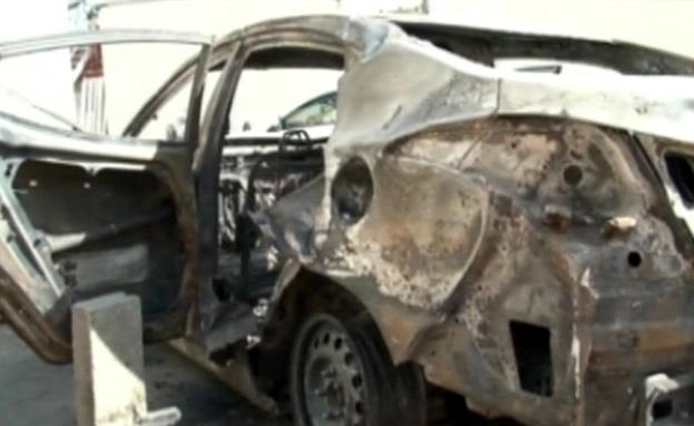 חטיפה בחברון, הרכב השרוף (צילום: חדשות 2)