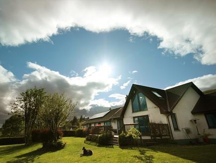סקוטלנד, חצר בית (צילום: סיון פרץ)